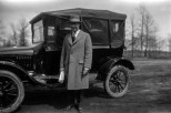 Carl F. Hanneman next to his Model T in 1925. Read the original story: http://wp.me/p4FxQb-Ks