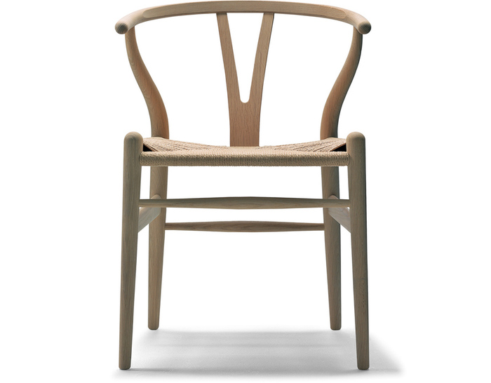 ch24-wishbone-chair-wood-hans-wegner-carl-hansen-and-son-1