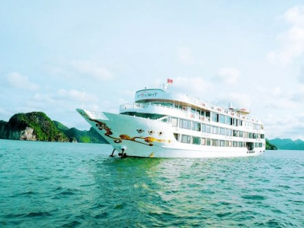 Halong Bay Tour Starlight Cruise 3