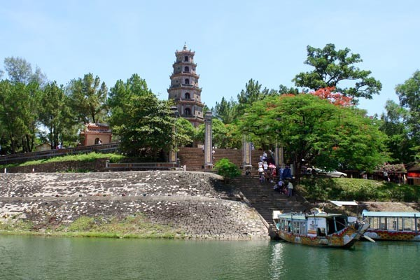 Hue Tourist Attractions (2)