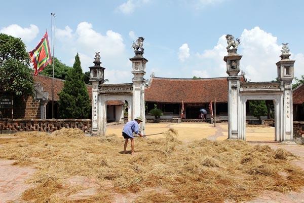 travel hanoi duong lam village