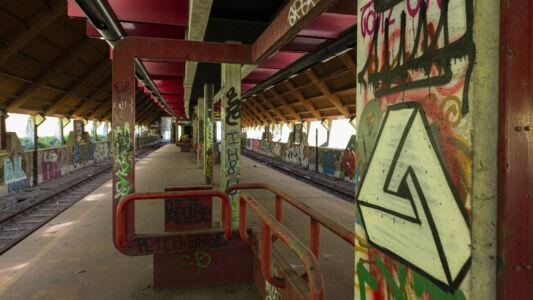Verlaten Metro Charleroi 2019-12