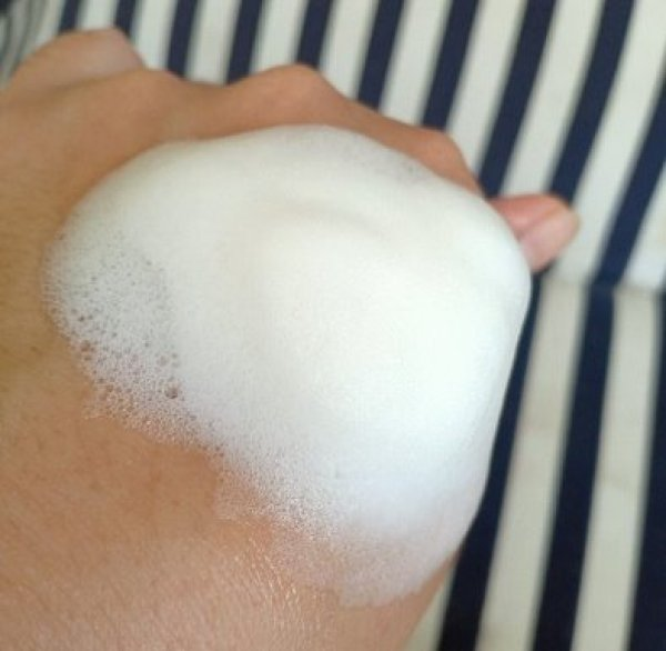 buih foam cleanser