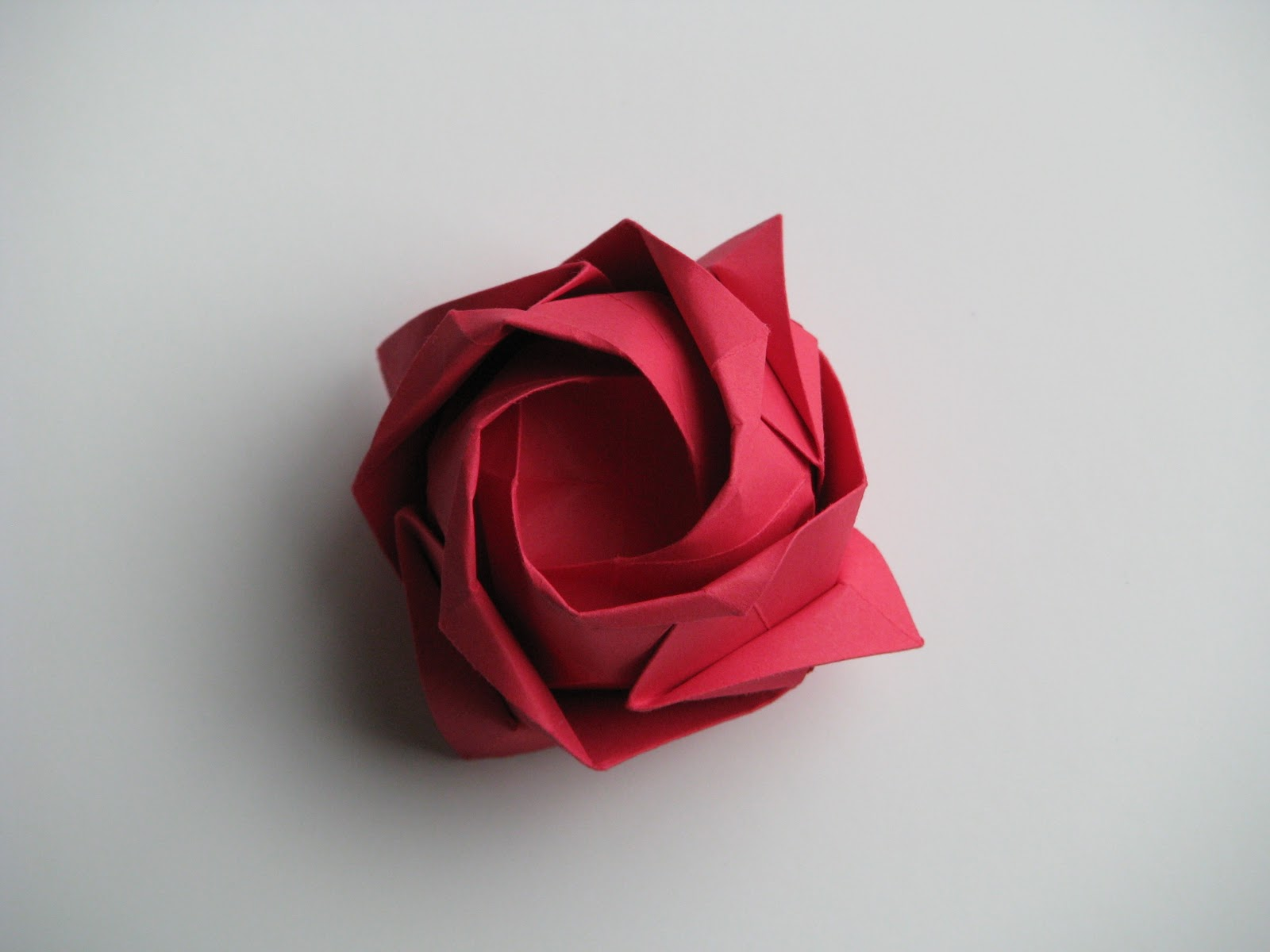 Toshikazu Kawasaki Origami for the Connoisseur Kasahara-Takahama Rose Red 1