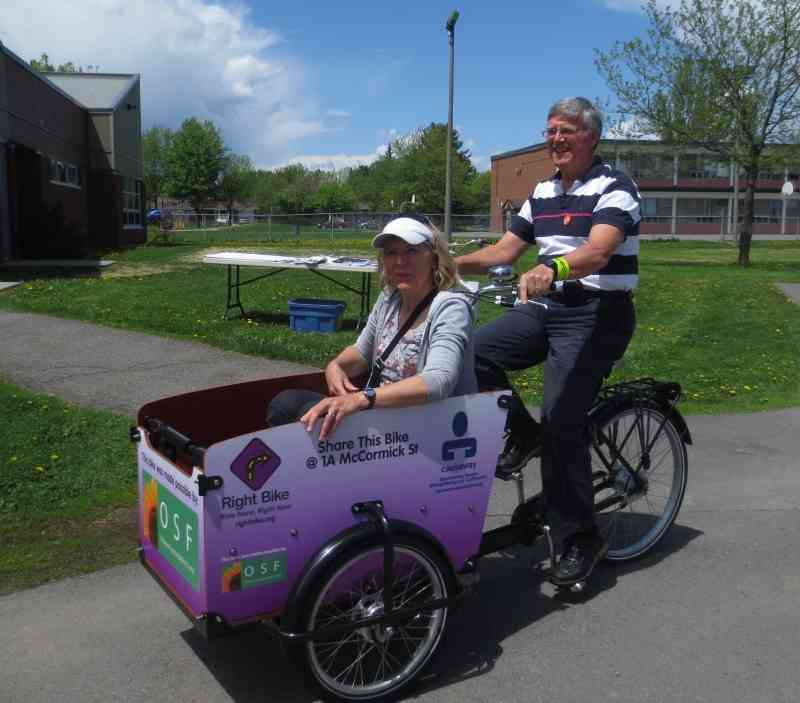 2014 05 24 Hans Moor – cycling in Ottawa 04
