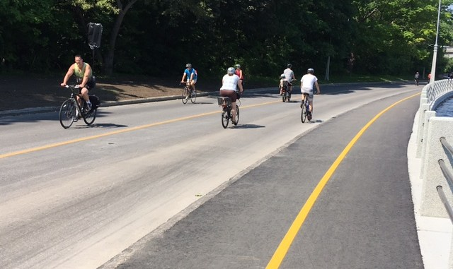 Newly paved path on Colonel By.