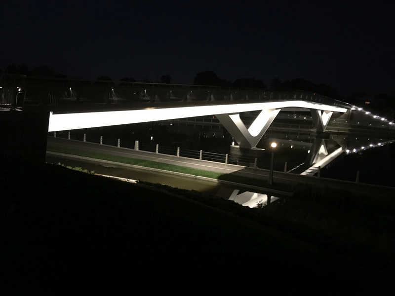 Flora bridge by night