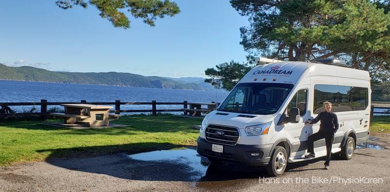 Coffee stop along the Saguenay