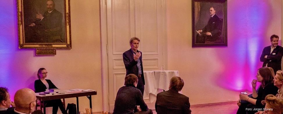 Hans Stoisser im Serendipity Club
