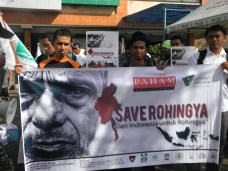 save rohingya