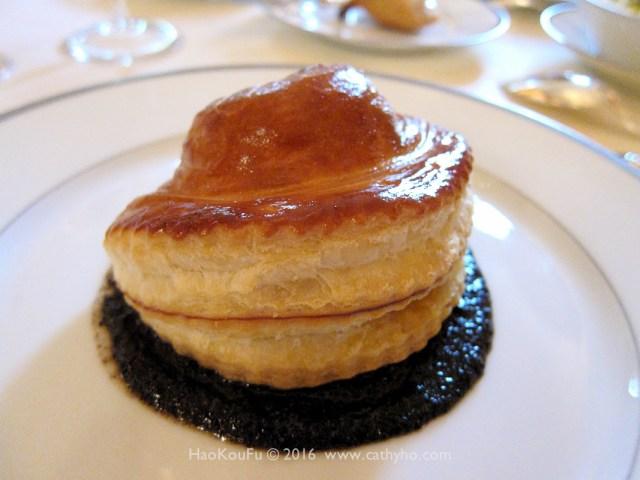 黑松露千層酥 Feuillete de truffe fraîche «Bel Humeur»
