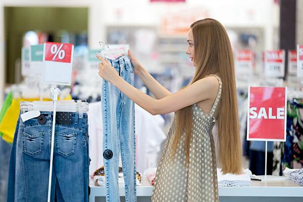 買い物中に使える「割引価格ですか?」は英語で?