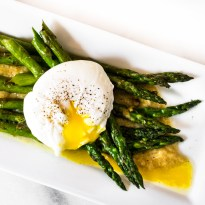 Asparagus with Poached Egg and Roasted Garlic Miso Butter
