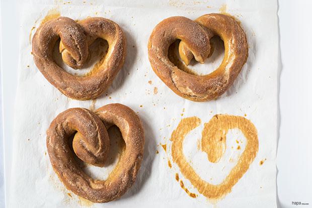 Valentine-Pretzel-Recipe-Banner