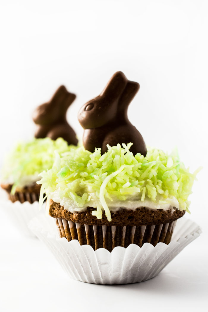 Easter Cupcakes - Super cute, incredibly easy, and SO delicious!