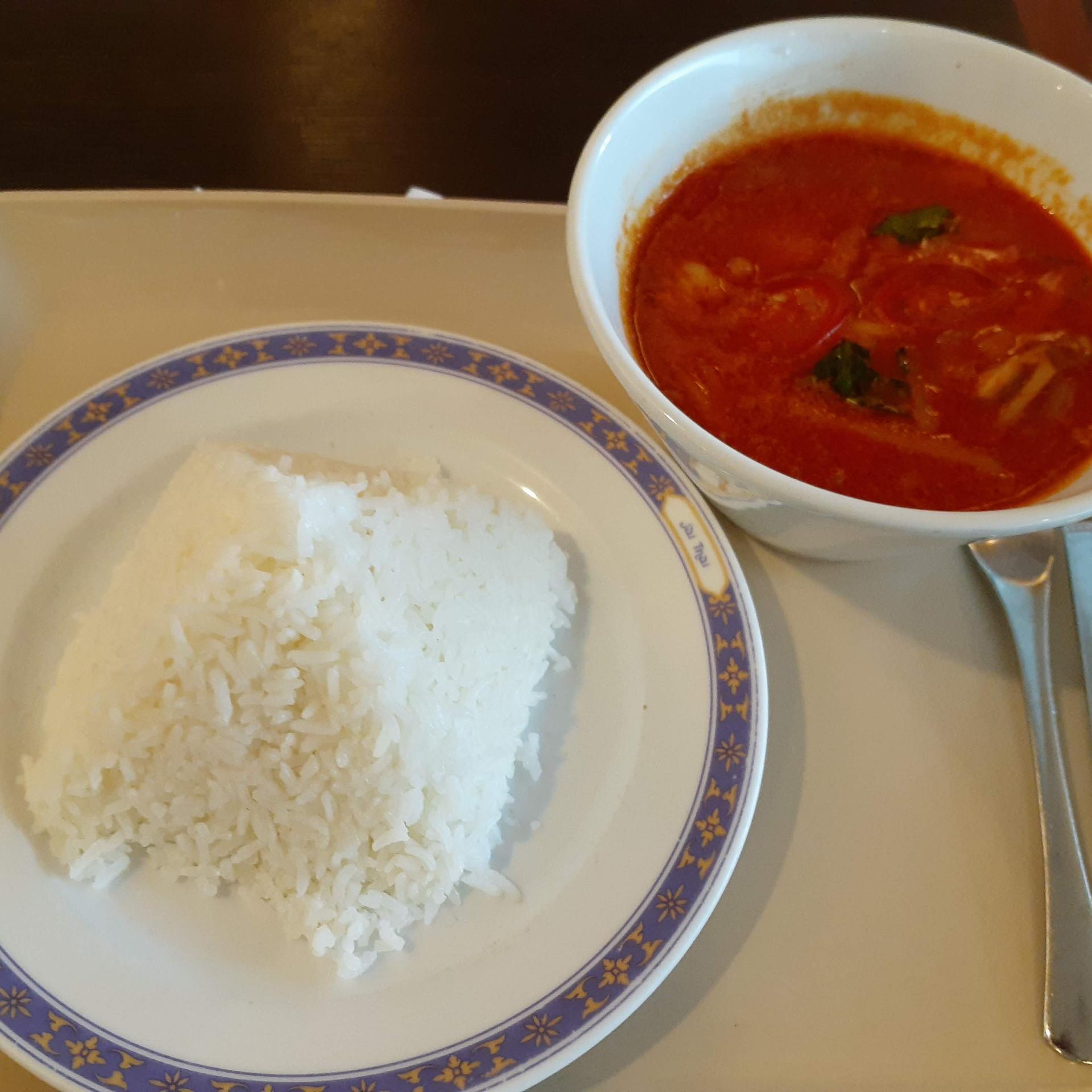 成田空港タイ料理
