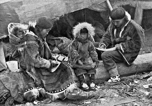 Who were the Paleo-Eskimo Saqqaq?