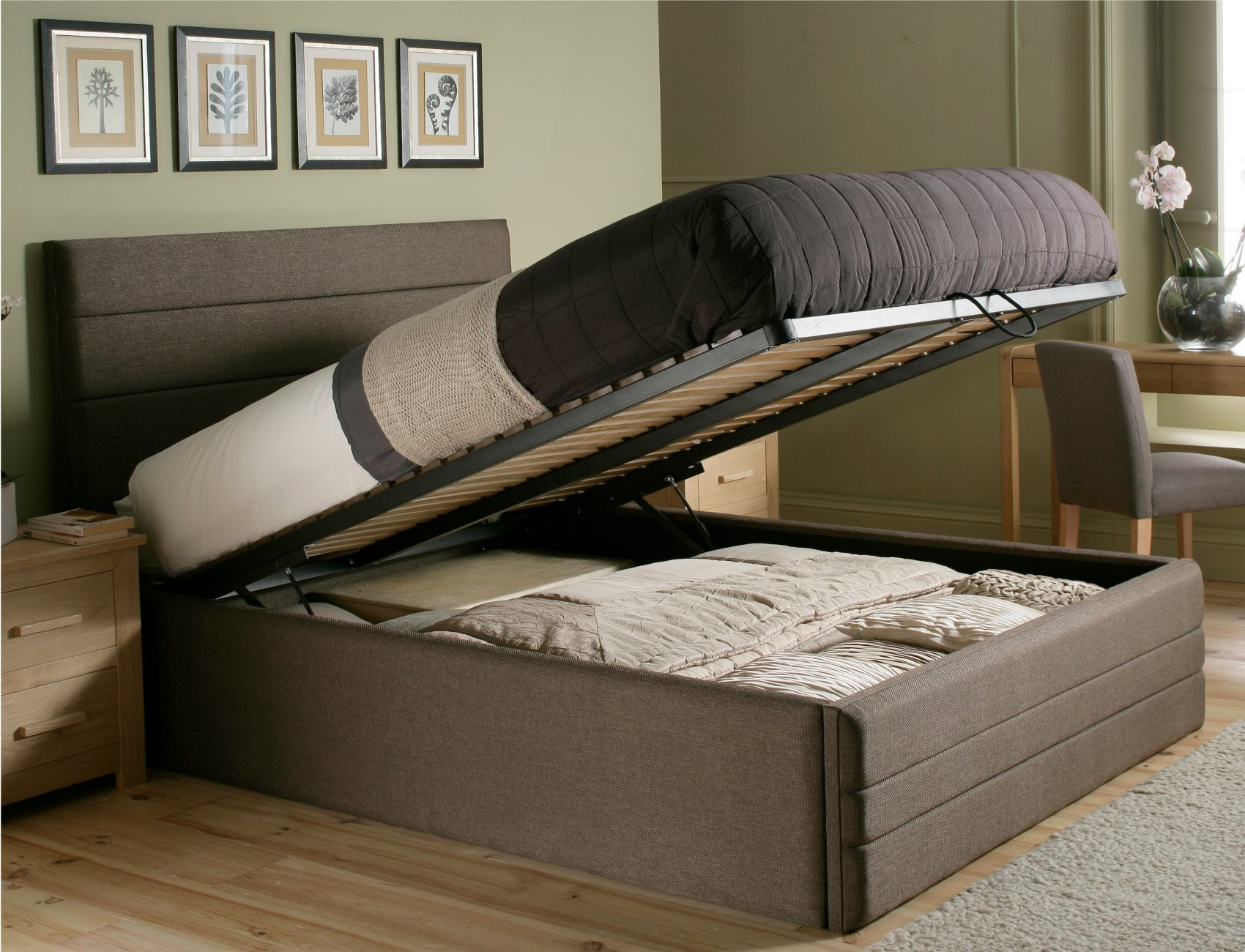 10 Different Types Of Beds For Your Home