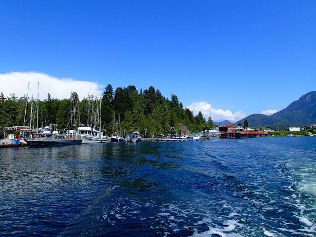 Leaving the dock at Maaqtusiis