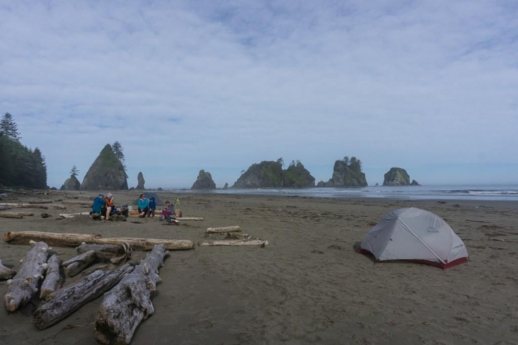 Camping on Shi Shi Beach. A complete guide to hiking and camping at Shi Shi Beach.