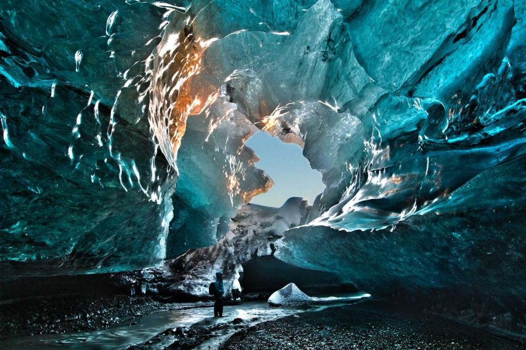 Best Alaska Tour Guide Book