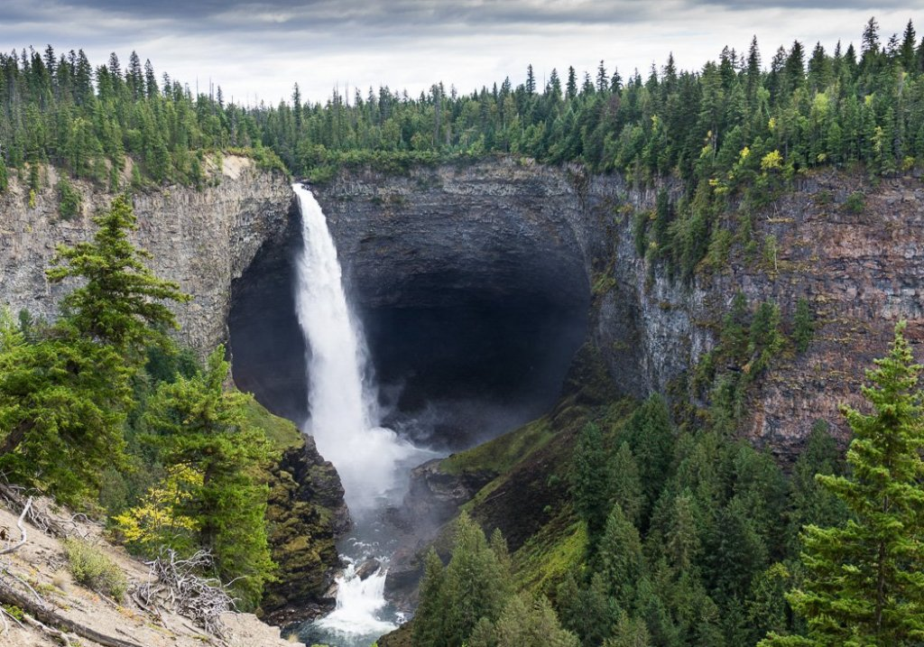 Helmcken Falls, one of the many gorgeous waterfalls in Wells Gray Provincial Park near Kamloops, BC