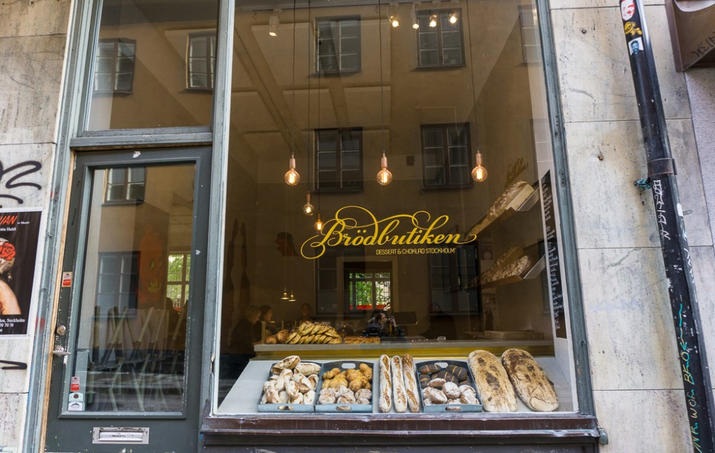 A boutique bakery in Stockholm's Sodermalm neighbourhood. 30 photos of Stockholm that will inspire you to visit.