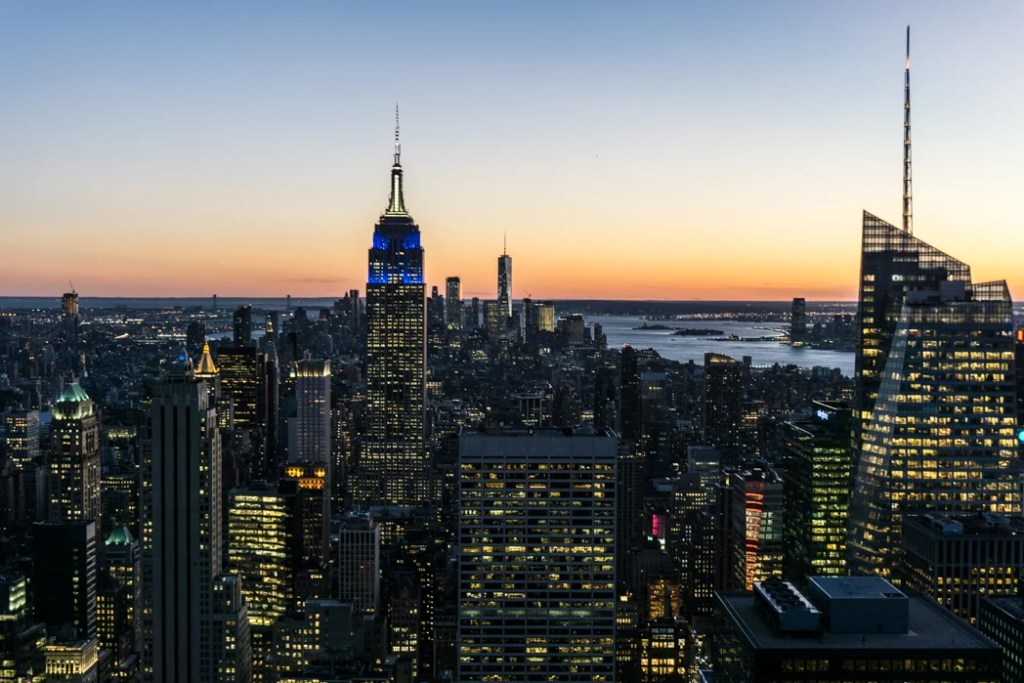 Sunset view from Top of the Rock in New York