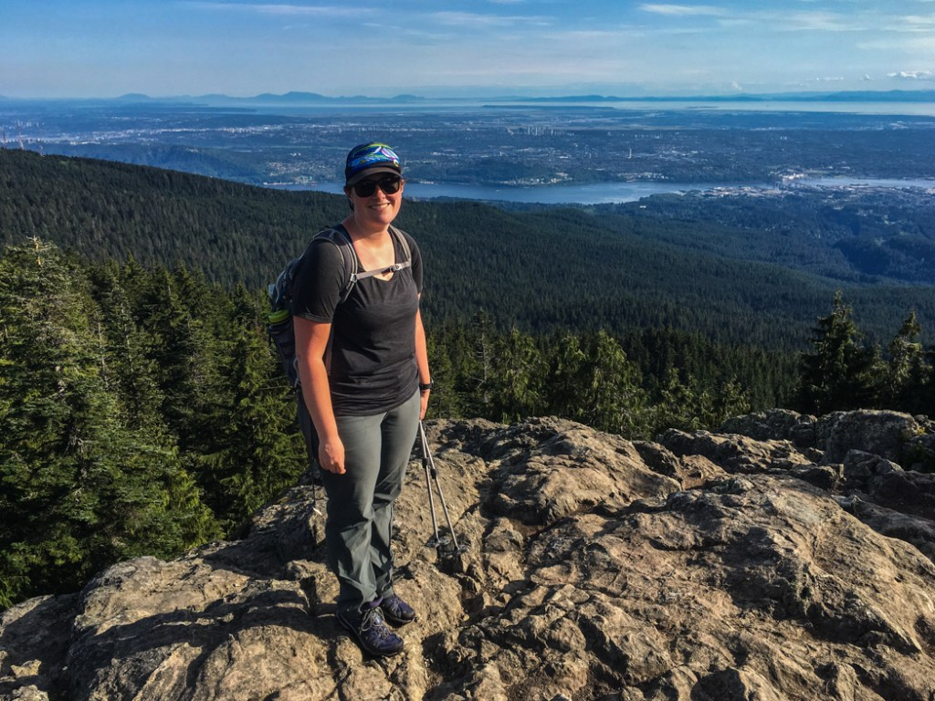 Best Women's Light Hiking Boots for Narrow Feet: Salomon X Ultra Mid GTX. Learn how to find women's hiking boots and hiking gear for your body type.