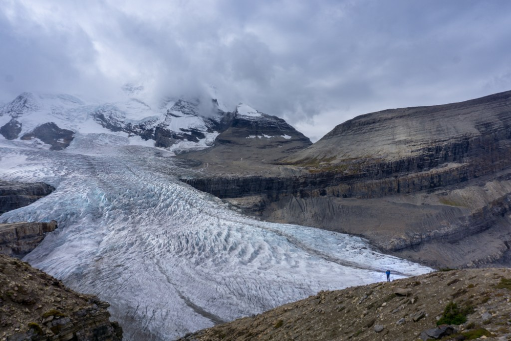 The Ultimate Guide to Hiking the Berg Lake Trail | Happiest Outdoors