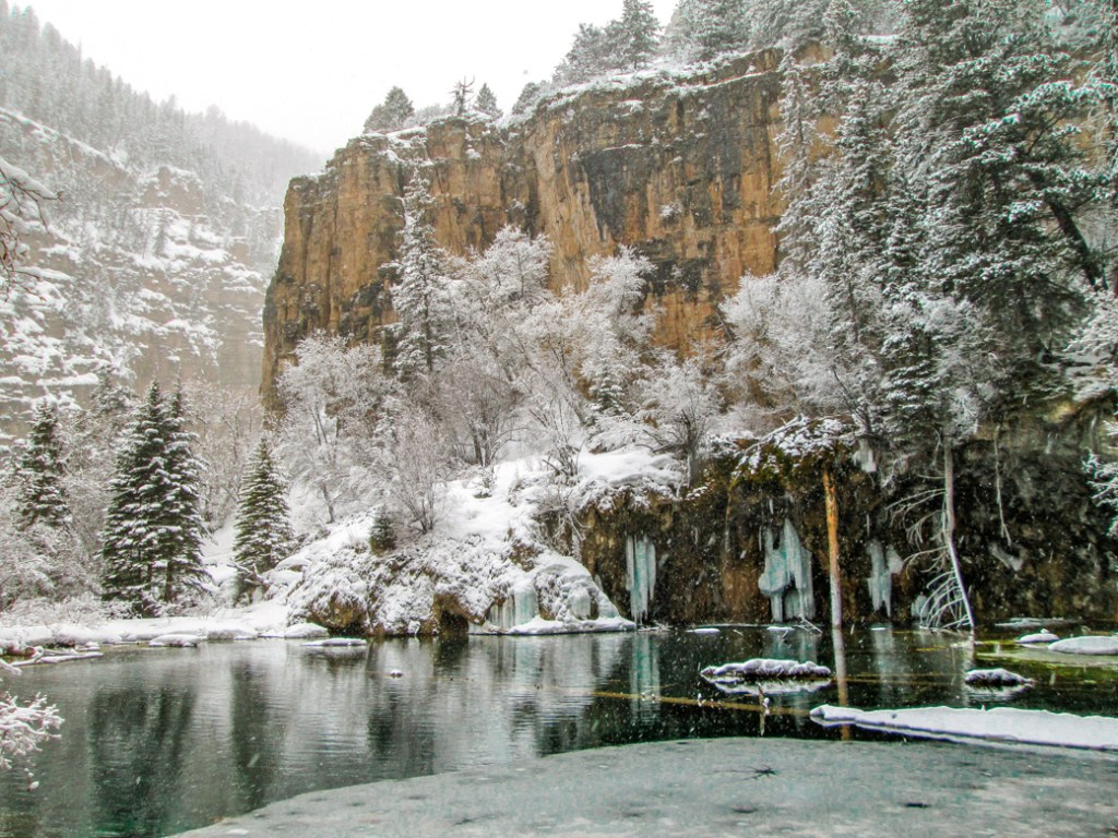 Hanging Lake near Aspen. One of the best lake hikes in Colorado.