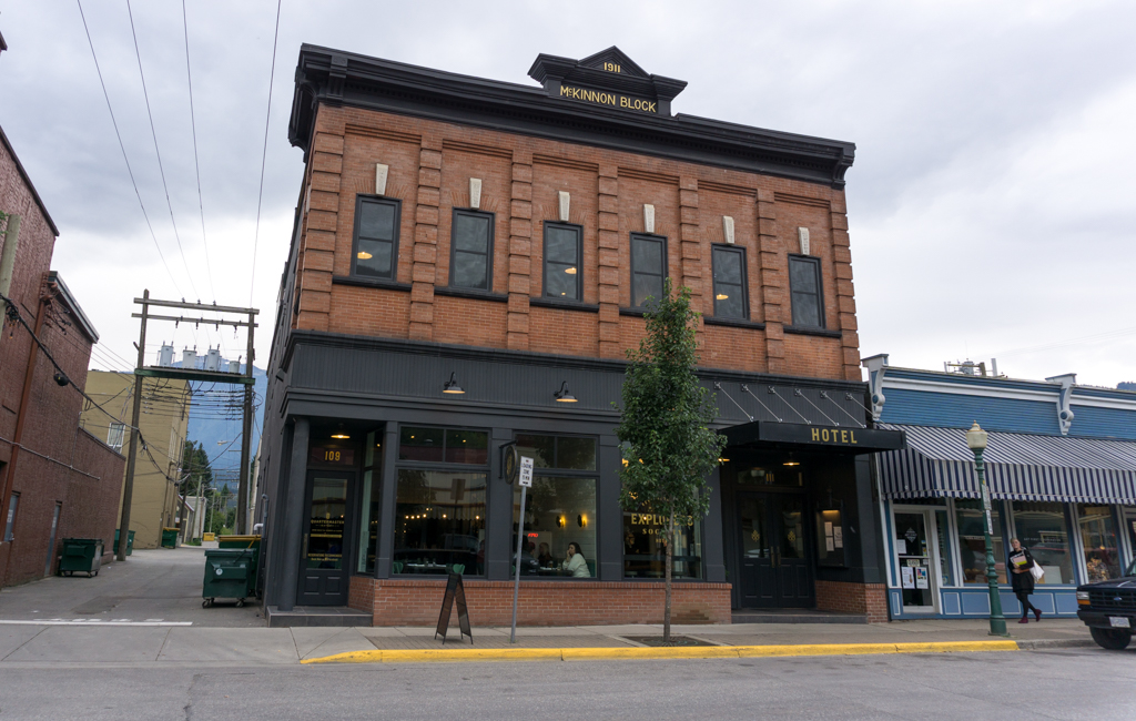 Explorers Society Hotel in Revelstoke