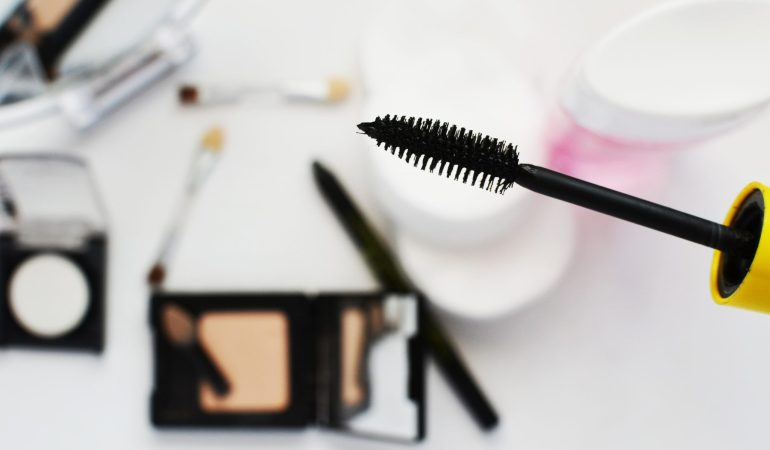 A few tips how to save money when buying make-up online