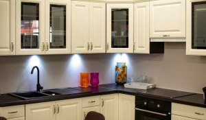 15 Tips to Help Organize Your Kitchen