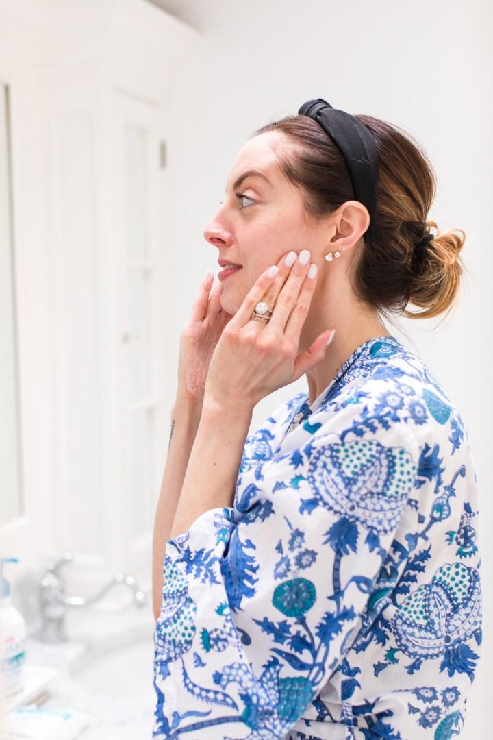 Eva Amurri Martino applies facial cream