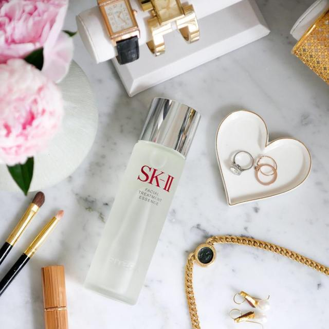 My SKII OneBottleAwayFrom perfect skin journey is complete! Ad Checkhellip