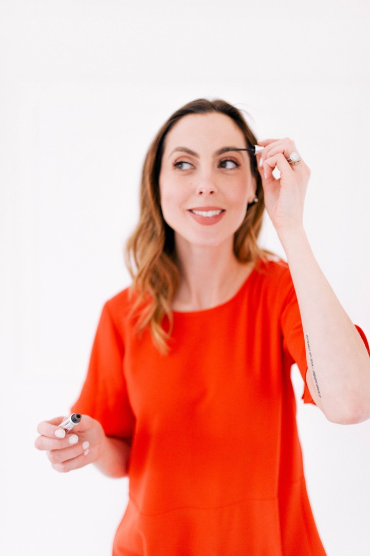 Eva Amurri Martino demonstrates how she uses Gimme Brow by Benefit as part of her brow routine
