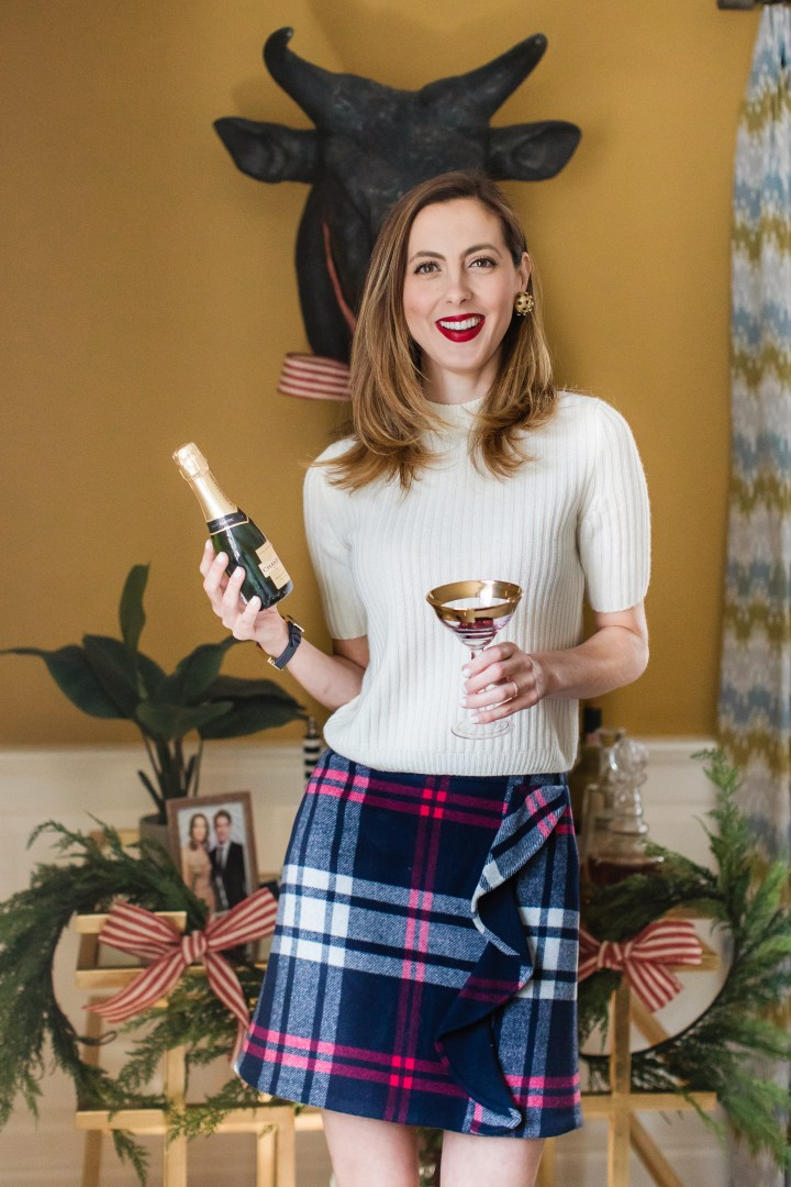 Eva Amurri Martino greets her Christmas guests with a Poinsettia cocktail