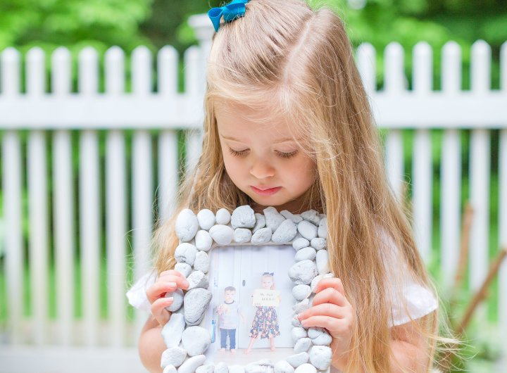 Eva Amurri Martino's daughter Marlowe displays her finished rock frame.