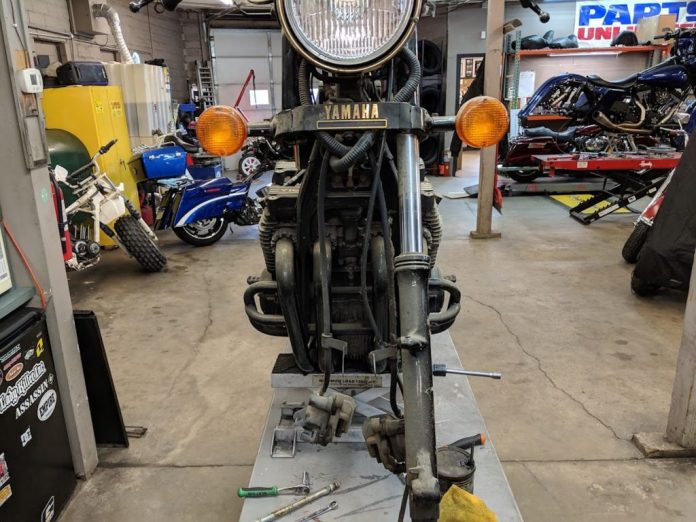 The Yamaha Maxim during its restoration