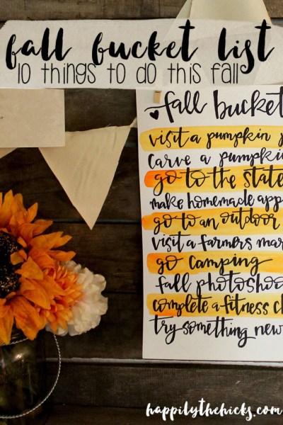 Fall Bucket List | read more at happilythehicks.com