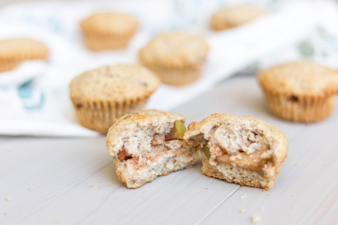 Cinnamon Apple Stuffed Cornbread Muffins
