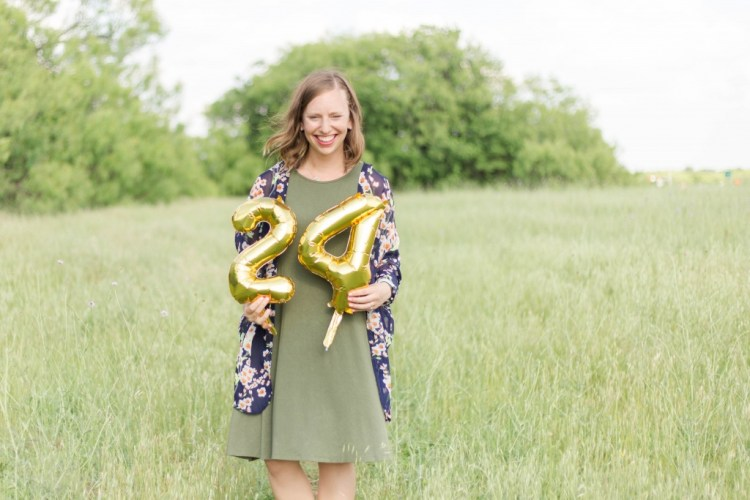 24 things (I bet) you didn't know about me in honor of my 24th birthday! | read more at happilythehicks.com