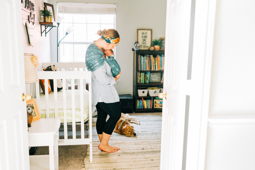 Must Have Items for a Newborn | read more at happilythehicks.com