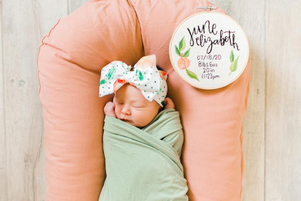 June Elizabeth Birth Story | read more at happilythehicks.com