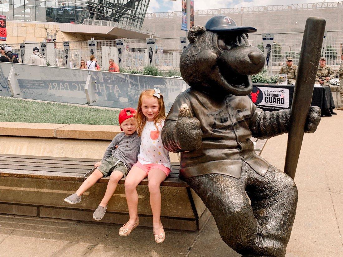 Target Field / Minnesota Twins Game