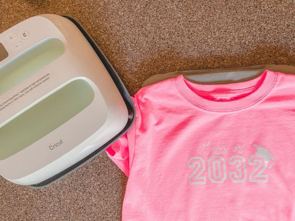 Cricut Easy Press and Personalized Back to School Tshirt