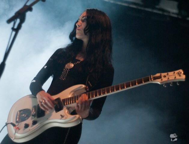 Willy Moon: la guitariste calorifuge