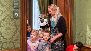 Maurits Muis viert online kerstvakantie in het Mauritshuis