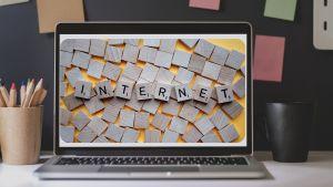 Kind bewust maken van de gevaren op internet.